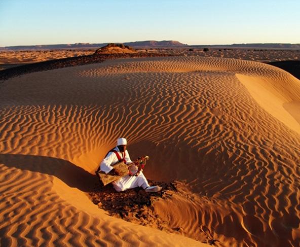 מדבר הסהרה מציע המון ריגושים, מדיונות החול העצומות ועד למפגש עם בני השבטים המקומיים