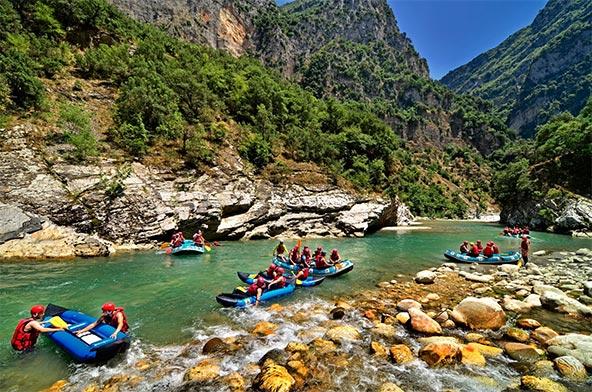 רפטינג בנהר הארכטוס, הנהר הכי יפה ביוון | הצילום באדיבות Go Adventure