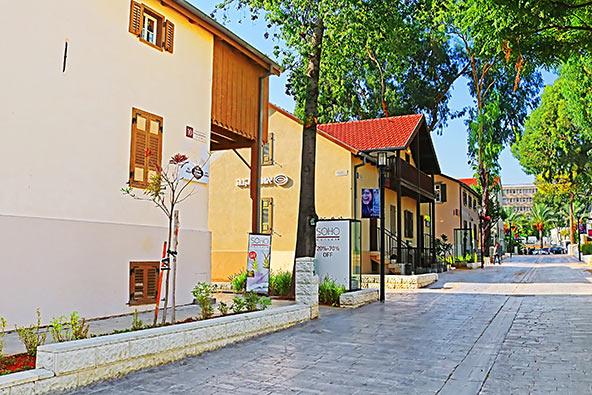 שרונה היתה המושבה החקלאית הראשונה של הטמפלרים, היום זהו מרכז קניות ואוכל תל אביבי