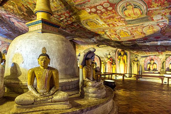 מקדש הזהב בדמבולה, מערך המערות הבודהיסטיות הגדול ביותר בסרי לנקה