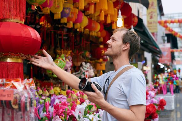 בהונג קונג יש אינספור אפשרויות לשופינג, משווקים תוססים ועד קניונים נוצצים