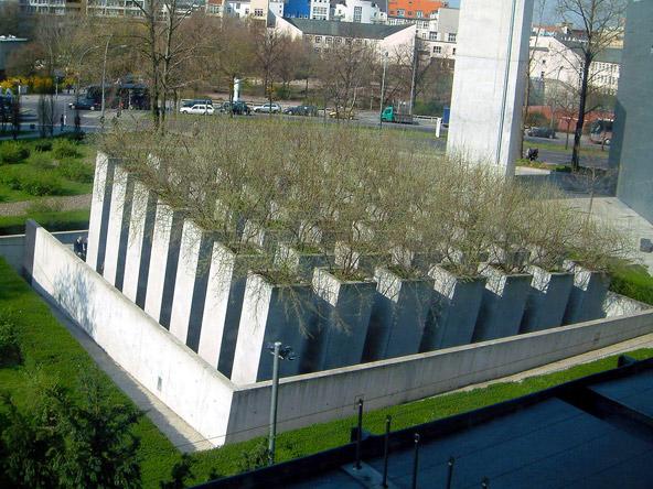 גן הגלות במוזיאון היהודי בברלין