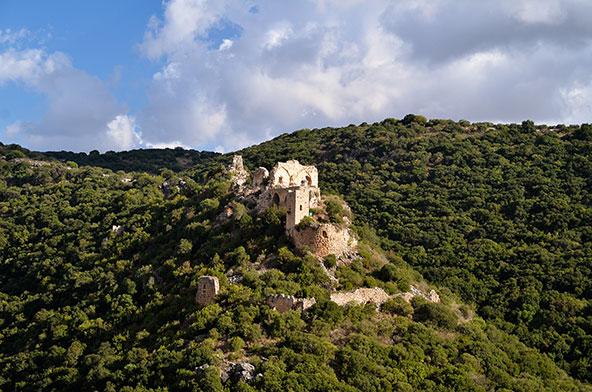 נחל כזיב, מבצר המונפור | צילום: אופק רון-כרמל