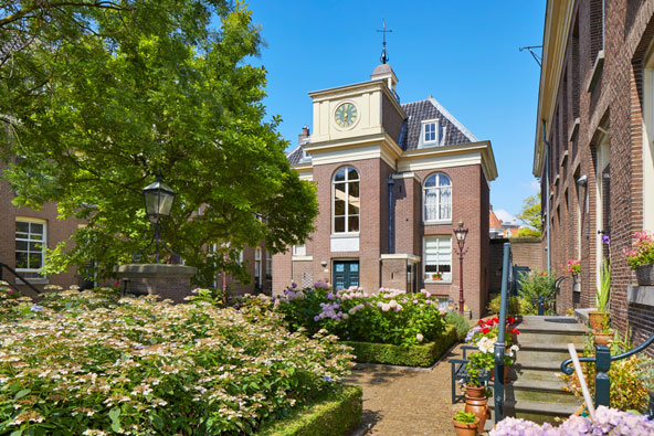 הגינה המקסימה ב-Hofje Van Brienen