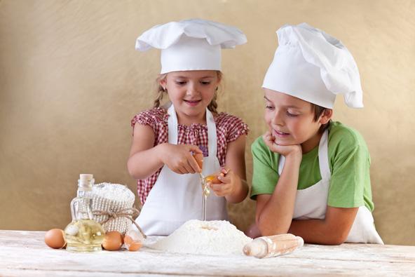 שפים צעירים. לבשל, להגיש ולאכול, איזה כיף!