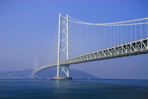 גשר אקשי-קייקו, שנבנה בעקבות אסון ימי