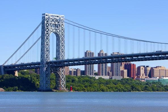 גשר ג'ורג' וושינגטון. 51 מיליון כלי רכב בשנה