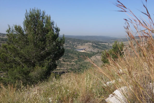 הרי ירושלים: נחל יתלה והקניון השחור