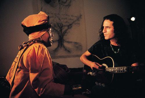 מוזיקת עולם כשפה תרבותית חוצת גבולות