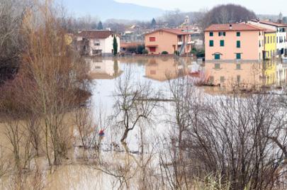 """שיטפונות גם באיטליה; 500 מ""""מ גשם בכמה שעות"""