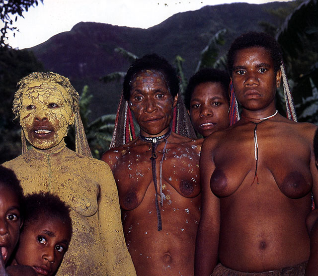 הבידוד של פפואה המערבית (איריאן ג'איה)
