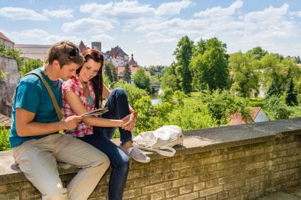 """טיפים ומשפטי מפתח לטיול מוצלח בחו""""ל"""