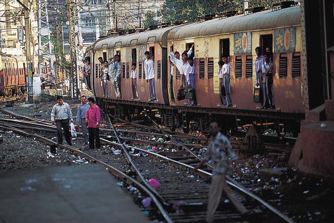 """הפיגוע בבית חב""""ד במומבאי"""