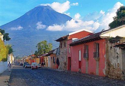 גואטמלה: בדרך המאיה