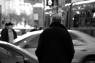 ניו יורק של פול אוסטר: אנשים שבורים בערמת גרוטאות