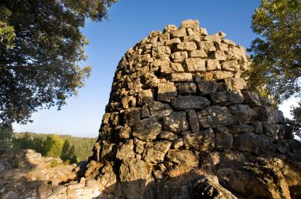 חומות האבן – סרדיניה וישראל