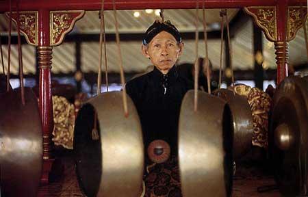 מוזיקה אינדונזית: קווי המנגינה מעניקים חוכמה