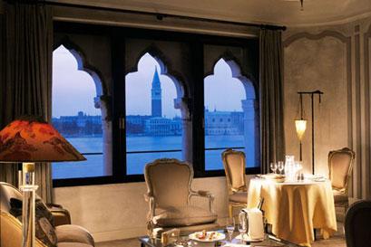 מלון קיפריאני בוונציה: לה דולצ'ה ויטה