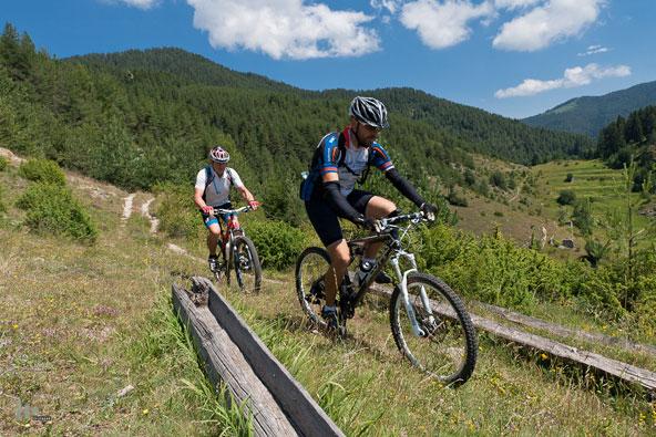 טיול אופניים בהרי פירין ורילה, בולגריה