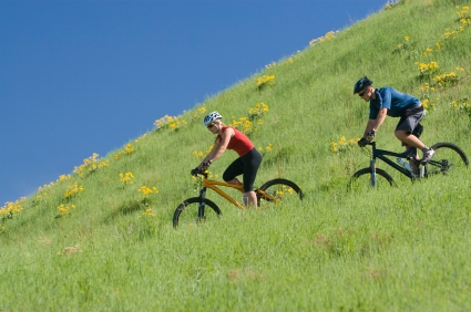עם אופניים למטולה והר הצפייה