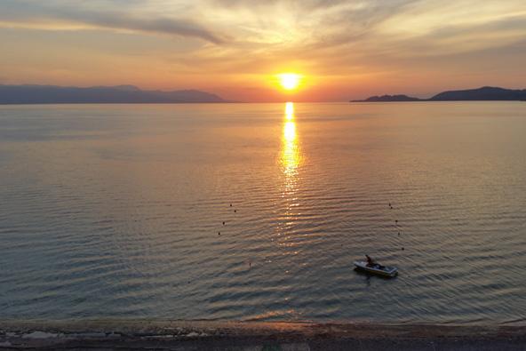 לוטראקי, יוון – נופש וטיולים אל הפלופונס