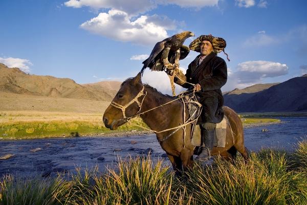 סרטון: בערבות מונגוליה
