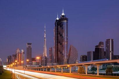 המלון הגבוה ביותר בעולם נפתח בדובאי