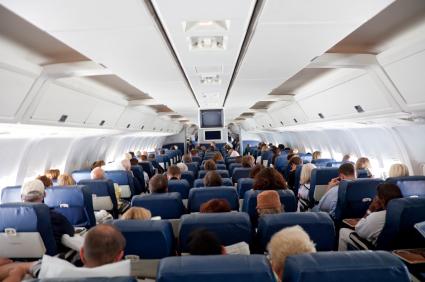"""ארה""""ב: להוריד נוסעים ממטוס שהתעכב"""