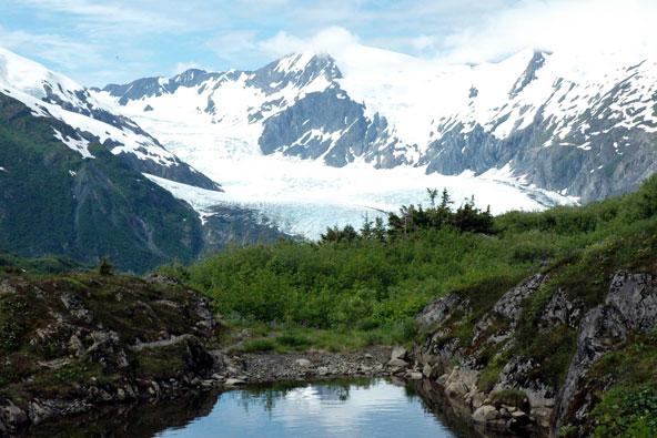 טיול באלסקה: אל המרחבים הפראיים
