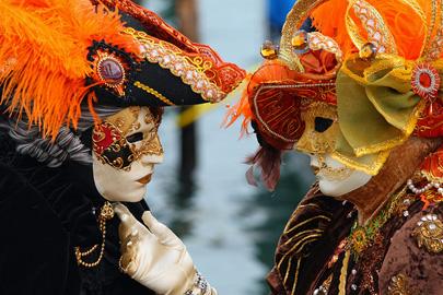 קרנבל המסיכות בוונציה – חגיגה שלא נגמרת
