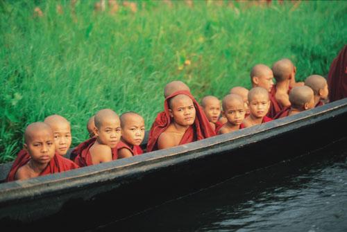 מיאנמר – בורמה – שבט האגם אינלה