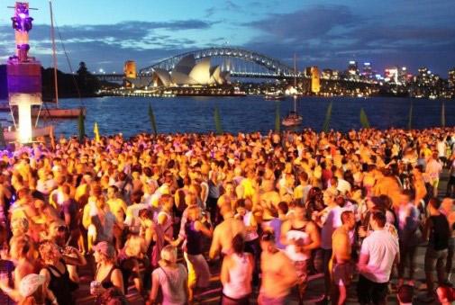 אוסטרליה – חוגגים את הקיץ