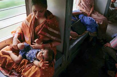 רכבות בהודו – מדריך לקרונות וקאסטות