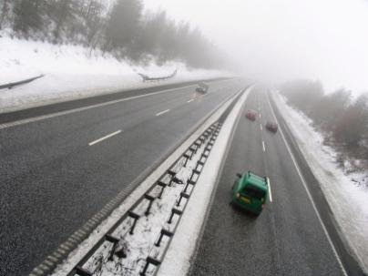 שלגים כבדים משתקים את אירופה