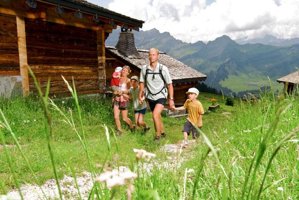 וילאר, שווייץ – קיץ משפחתי בגן עדן
