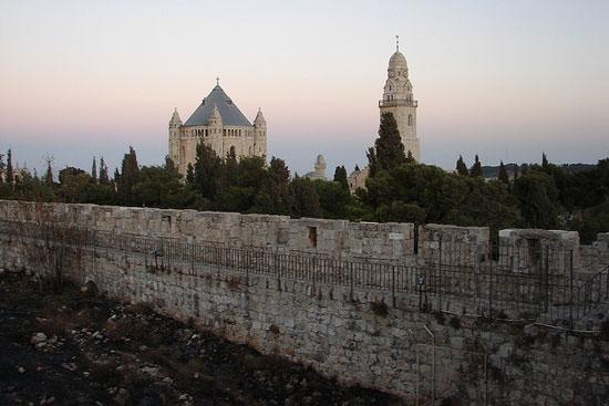 ירושלים – סיור על החומות