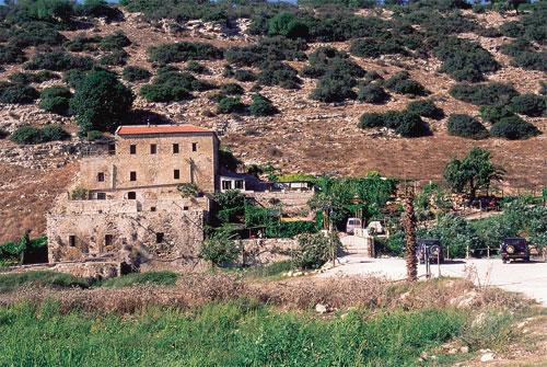 שביל ישראל: ממשהד לרום הכרמל (מסלול 6)