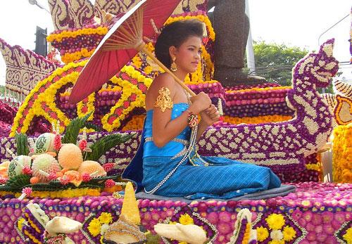 פסטיבל הפרחים בצ'יאנג מאי