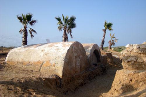 אחוזות קבר עתיקות באשדוד