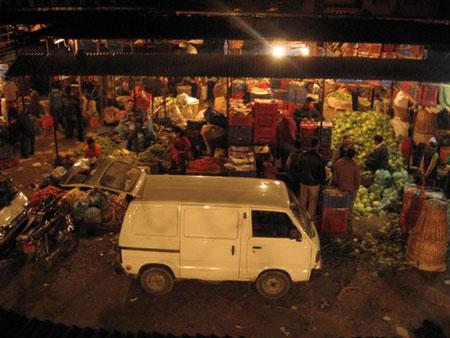 קטמנדו: שוק הירקות בקלימטי