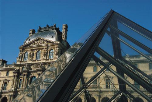 משולש הזהב – על מבנים משולשים