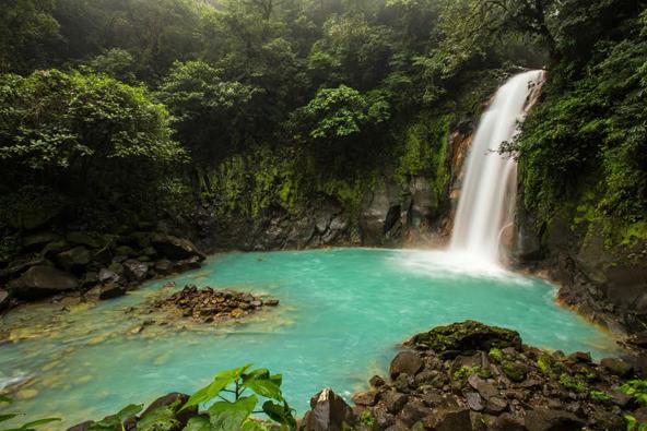 קוסטה ריקה: לנהוג, לשוט, לעוף