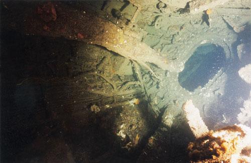 צלילה לצוללת איטלקיה: שירת הים