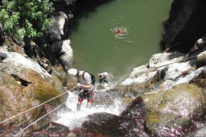 טיול סנפלינג לנחל זויתן