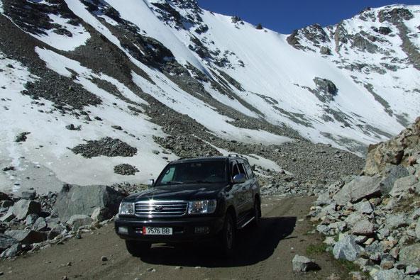 טיול ג'יפים בקירגיזסטן: בין ההרים השמימיים