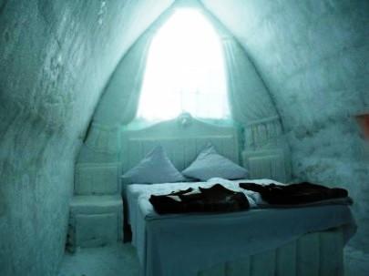 לישון על הקרח – מלון קרח ברומניה
