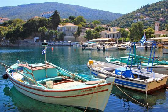 להתחבר לים – הפלגה בין איי יוון
