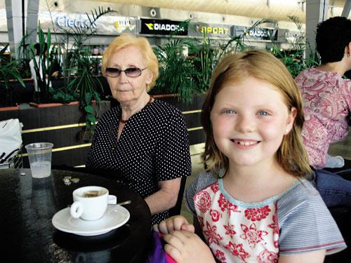 סילבי וסטלה נוסעות לבולגריה
