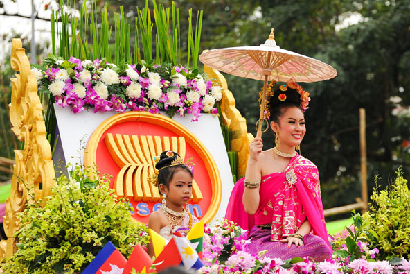 פסטיבלי הפרחים הכי צבעוניים בעולם