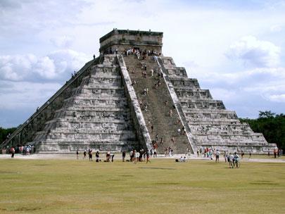 צ'יצ'ן איצה, מקסיקו – הפירמידה הגדולה